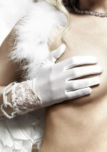 White gloves with laceBaci