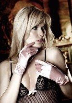Light pink gloves Baci