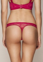 Scarlet thong Retrolution Gossard